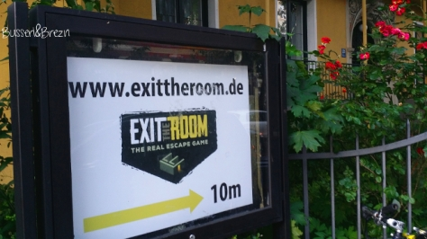 Exit the Room Hinweisschild