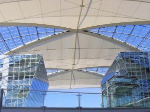 Dach Flughafen