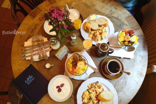 Café im Hinterhof_Frühstück